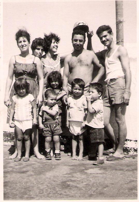 Family-atlan-uri1
