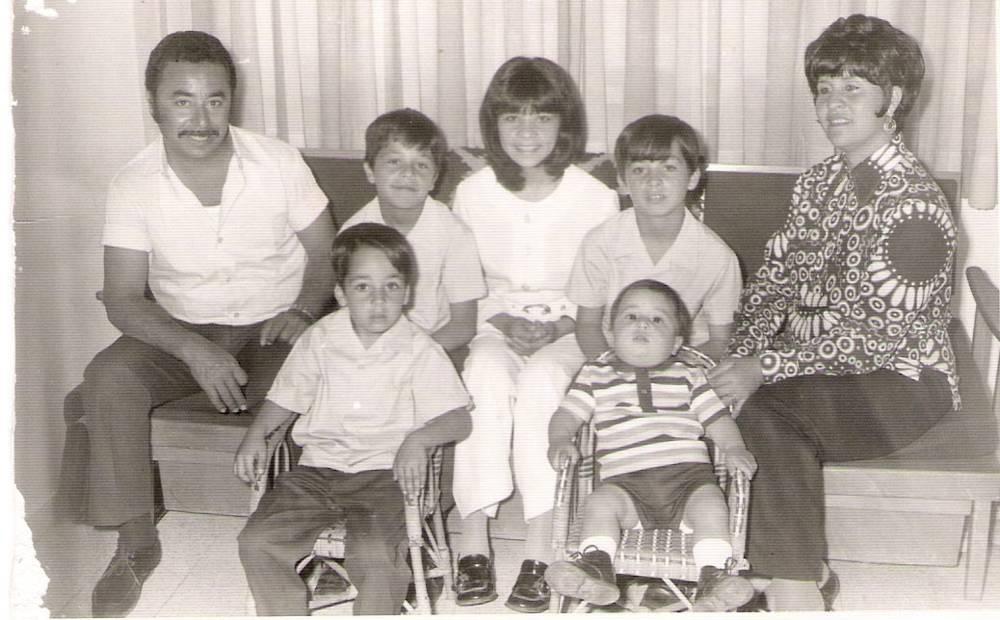 Family-atlan-uri